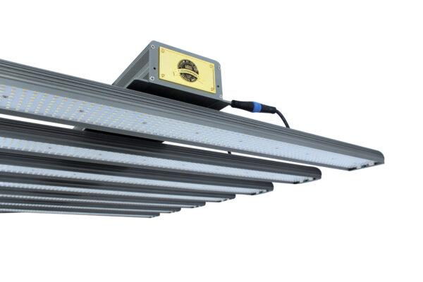 Skysaber PRO 840w MK2 LED grow lights